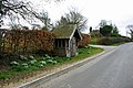 Small roadside building, Fletching - geograph.org.uk - 1748050.jpg