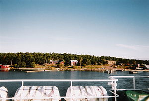 Sottunga - The southern end of Storsottunga as seen from a passing ferry in 2004