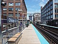 Southbound Brown-Purple Line platform at Chicago.jpg