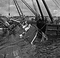 Ss Bore II sunken in Eteläsatama Helsinki.jpg