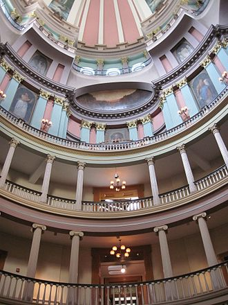 Old Courthouse (St. Louis) - Interior of the courthouse rotunda.