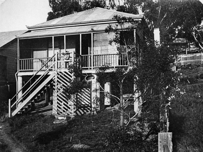 File:StateLibQld 1 204544 Unidentified house in Manly, ca. 1900.jpg