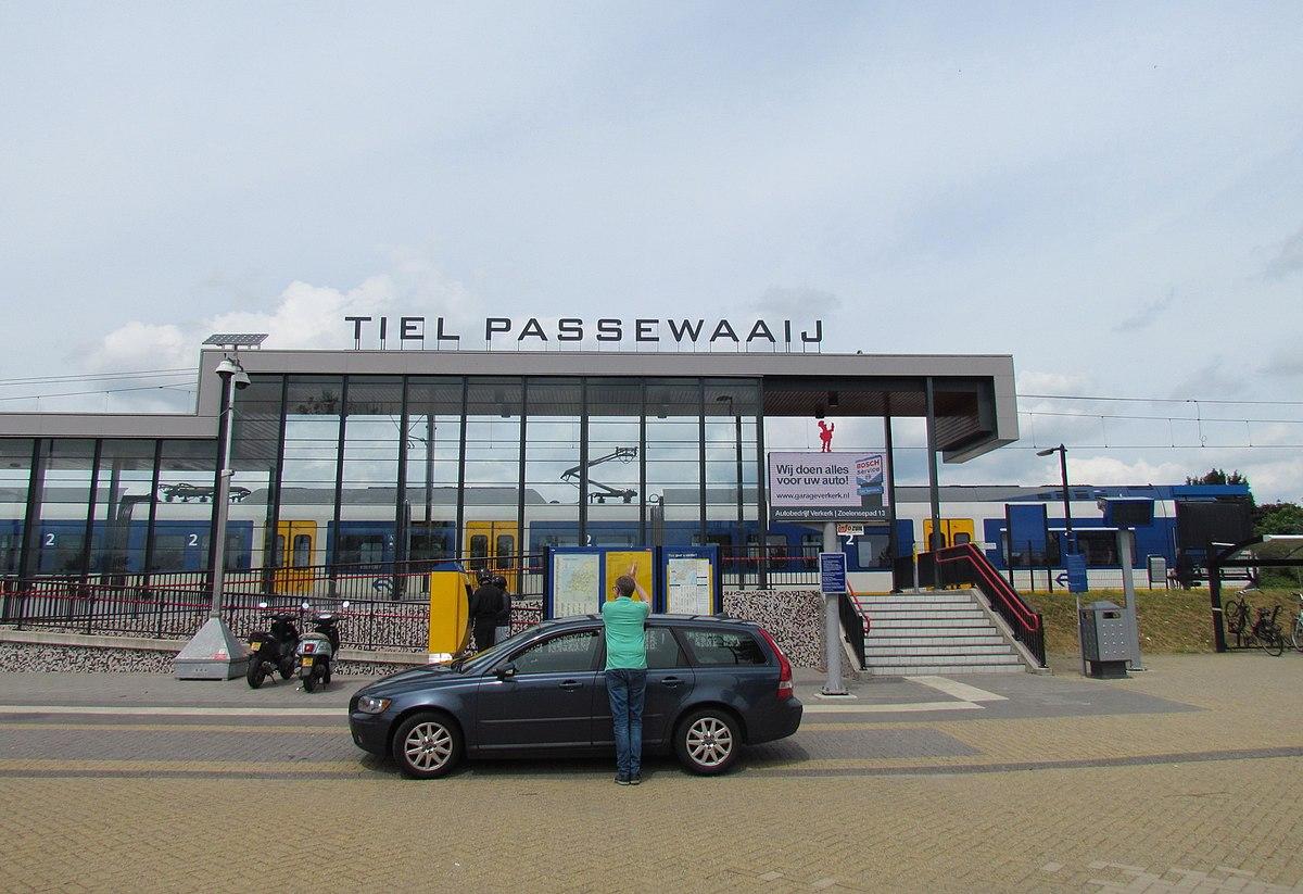 Station Tiel Passewaaij - Wikipedia