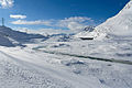 Staumauer Lago Bianco Süd im Winter 3.jpg