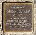 Stolperstein Gerichtstr 22 (Gesbr) Herbert Schenk.jpg
