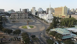 Praça da Independência - Image: The Independence Square (7667683818)