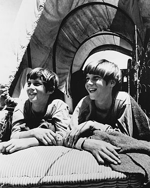 The Monroes (1966 TV series) - Keith and Kevin Schultz (1966)