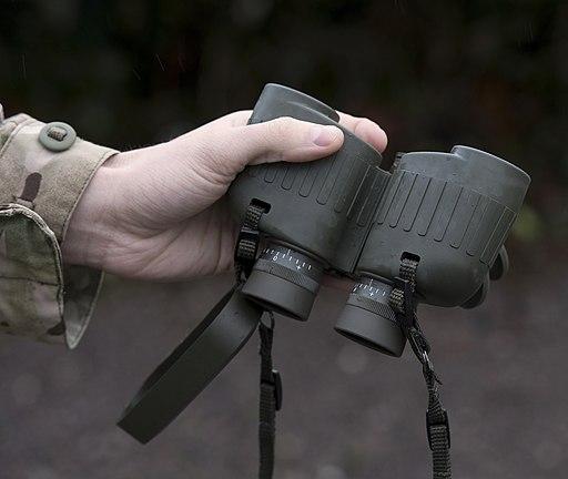 The new Steiner Military 8x30 R binoculars MOD 45158985