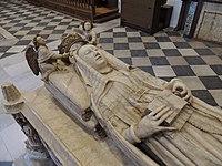 Toro - Monasterio del Sancti Spiritus (Sepulcro de Beatriz de Portugal 4).jpg