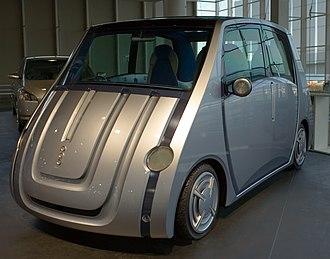Toyota concept vehicles (2000–2009) - Image: Toyota Pod concept car