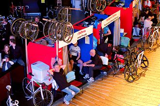 Six-day racing - Riders rest in small cabins beside the track when the race is in progress