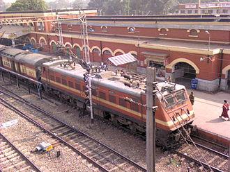 Kharagpur Junction railway station - Image: Train leaving KGP station