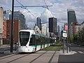 Tramway pres de la Défense, 2013.jpg