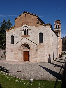 Trento-San Lorenzo-front with tower.jpg