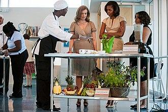 Valérie Trierweiler - Trierweiler and Michelle Obama