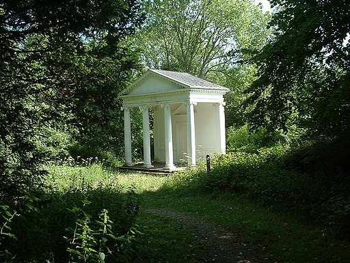 Tring park summerhouse