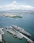 USS Midway (CV-41) and Independence (CV62) at Pearl Harbor 1991.JPEG