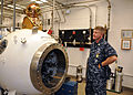 US Navy 101015-N-7764M-174 Master Chief Petty Officer of the Navy (MCPON) Rick D. West learns about the Guantanamo Bay dive locker's decompression.jpg