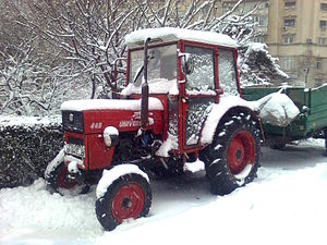 English: UTB Universal 445 Tractor - a Romania...
