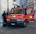 Vatican Fire engine 20141005 114427 (cropped).jpg