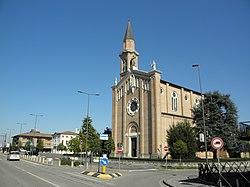 Via Antoniana, p.za Europa, chiesa S. Maria Ass.ta e Municipio (Campodarsego).jpg