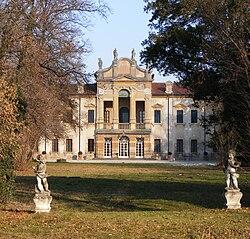Villa Dionisi.jpg