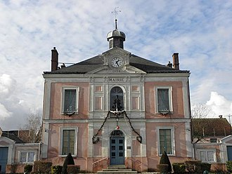 Villeneuve-le-Comte - The town hall of Villeneuve-le-Comte