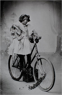 Virginia O'Hanlon (ca. 1895).jpg