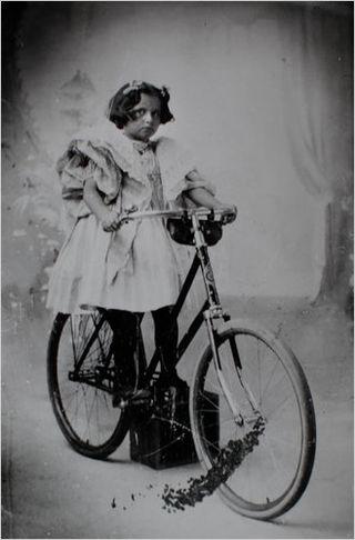 Virginia O'Hanlon (ca. 1895).jpg