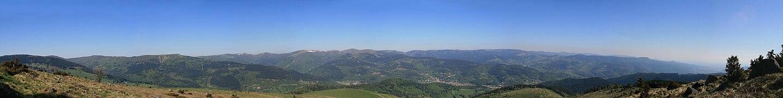 Vue panoramique du massif des Vosges depuis le Petit Ballon