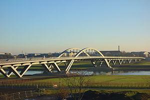 Waldschlösschen Bridge - Image: Waldschlößchenbrücke Dresden, Germany DSC09192