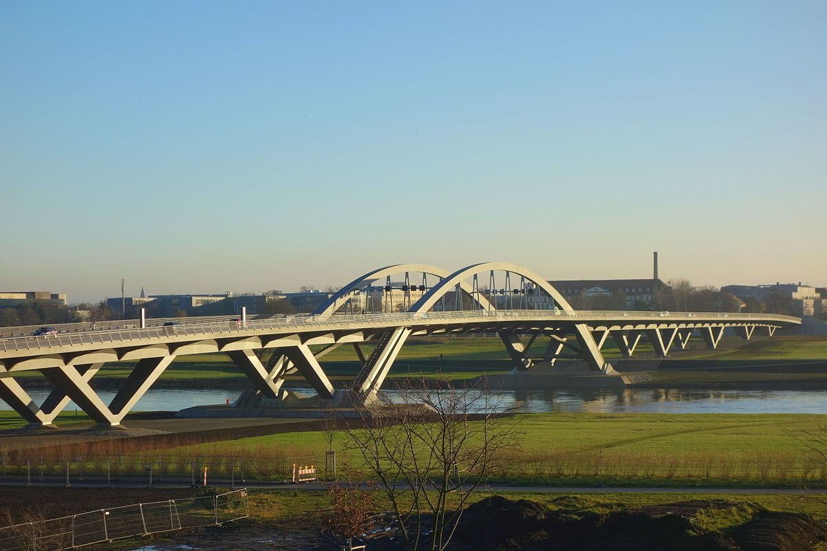 Waldschlösschen Bridge - Wikipedia