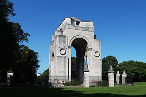 Victoria Park, Leicester - Lutyens's Arch of Remembrance war memorial in Victoria Park, Leicester