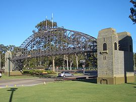 Warwick Farm Bridge replica.JPG
