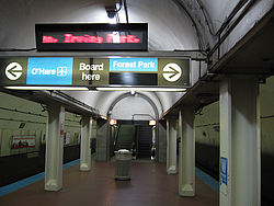 Washington Station on the Chicago Transport Authority's Blue Line.jpg
