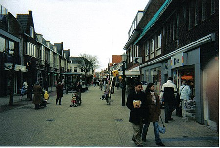 De Langstraat, the main shopping street in Wassenaar Wassenaar1.jpg