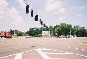 Weeki Wachee sign - US 19-FL 50-Henando CR 550.jpg