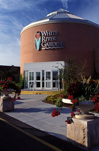 White River Gardens - Image: White River Gardens entrance in 2007