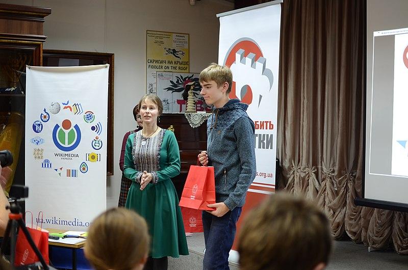 Іван, волонтер конкурсу