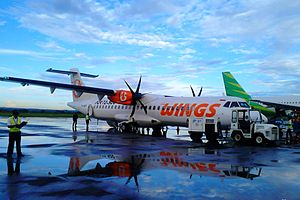 Lombok International Airport - Wings Air ATR 72–500 at Lombok International Airport