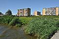Wolin, Wohnhäuser am Ufer der Dziwna, a (2011-07-24) by Klugschnacker in Wikipedia.jpg