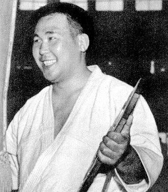 All-Japan Judo Championships - Yoshihiko Yoshimatsu, achieved championship of the third own in 1955
