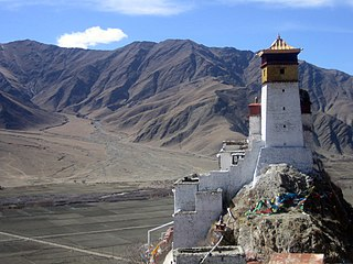 Yarlung Valley human settlement in China