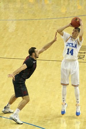 Zach LaVine - LaVine shooting against Stanford in 2014