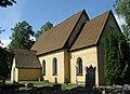 Ärentuna kyrka från sydost.jpg