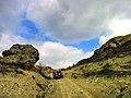 Ак Кая - Белая скала, Подъём на вершину возможен на внедорожнике.jpg