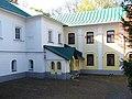 Дом Духовного правления вид со двора.jpg