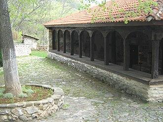 Zrze Monastery - Image: Манастир Св. Преображение Зрзе, поглед од внатре 4243