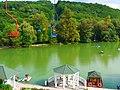 """Озеро Трек в парке """"Атажукинский сад"""". Город Нальчик, Кабардино-Балкария.jpg"""