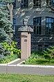 Пам'ятник М.М. Попудренку – Герою Радянського Союзу, Чернігів.jpg
